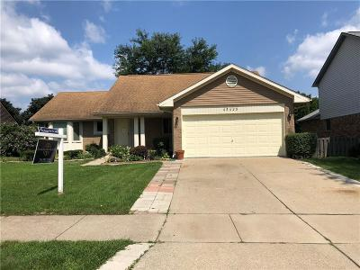 Canton Twp Single Family Home For Sale: 45428 Holmes Drive