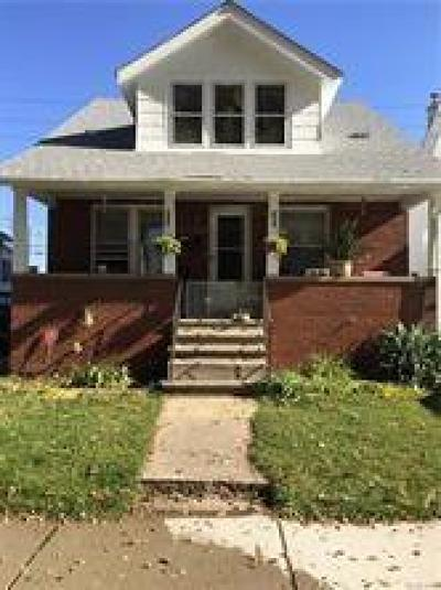Multi Family Home For Sale: 4876 Curtis Street