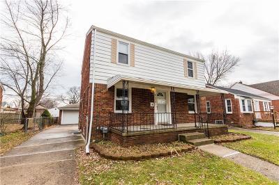 Ferndale Single Family Home For Sale: 820 Spencer Street