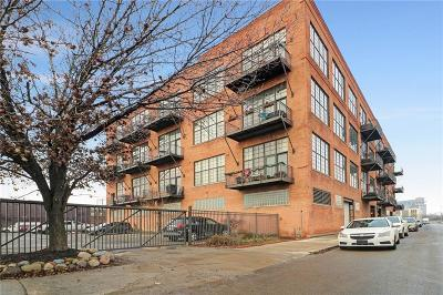 Detroit Condo/Townhouse For Sale: 2003 Brooklyn Street #303