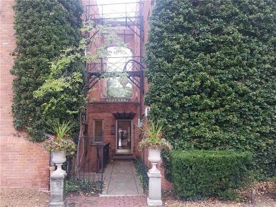 Birmingham Condo/Townhouse For Sale: 327 Southfield Road #10