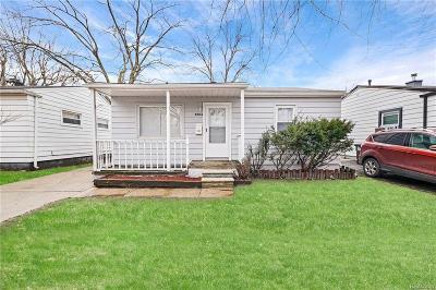Taylor Single Family Home For Sale: 8084 Oak Street