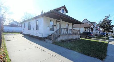 Warren Single Family Home For Sale: 8516 Essex Avenue