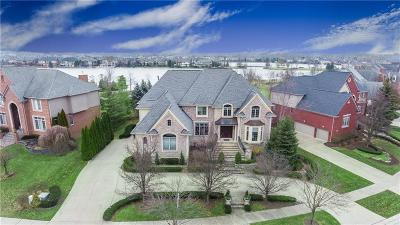 Northville Twp Single Family Home For Sale: 17900 Parkshore Drive