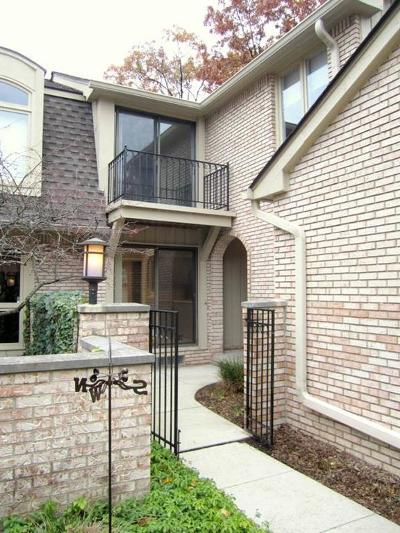 Bloomfield Twp Condo/Townhouse For Sale: 1135 Timberview Trail