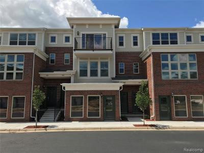Walled Lake Condo/Townhouse For Sale: 46 Legato Drive