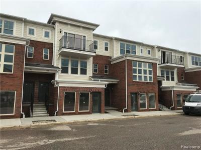 Walled Lake Condo/Townhouse For Sale: 44 Legato Drive
