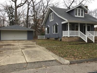 Royal Oak Single Family Home For Sale: 2318 Red Run Court