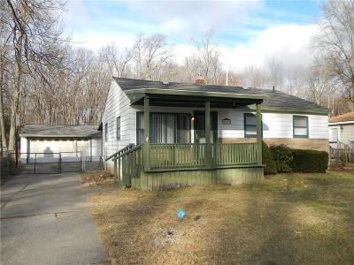 Romulus Single Family Home For Sale: 39298 Wabash Street