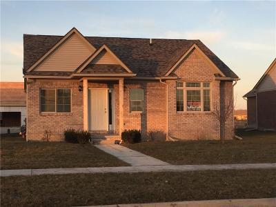 Flat Rock Condo/Townhouse For Sale: 23934 Meadows Unit 52 Avenue #52