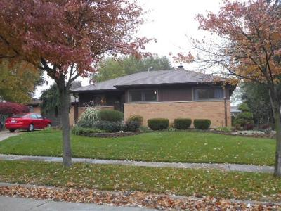 Royal Oak Single Family Home For Sale: 4038 Hillside Drive