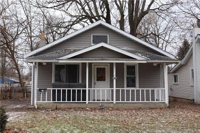 Pontiac Single Family Home For Sale: 87 W Tennyson Avenue