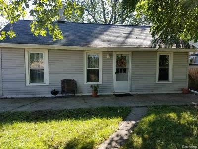 Madison Heights MI Single Family Home For Sale: $74,770