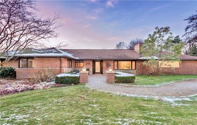 Bloomfield, Bloomfield Hills, Bloomfield Twp, West Bloomfield, West Bloomfield Twp Single Family Home For Sale: 295 Harrow Circle
