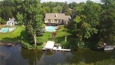 Bloomfield, Bloomfield Hills, Bloomfield Twp, West Bloomfield, West Bloomfield Twp Single Family Home For Sale: 1813 Long Pointe Drive