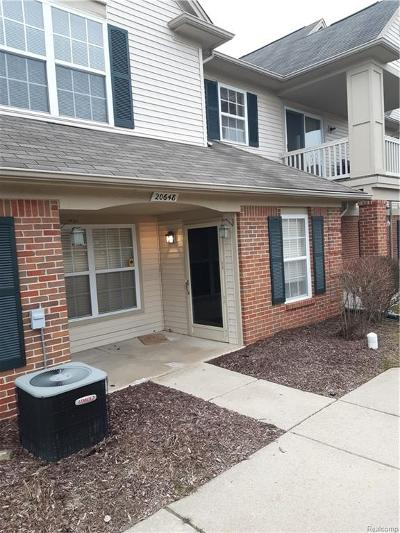 Brownstown Twp Condo/Townhouse For Sale: 20648 Henry Street