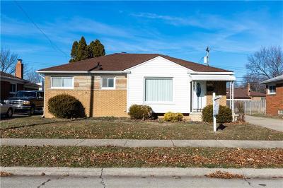 Allen Park Single Family Home For Sale: 18748 Moore Avenue