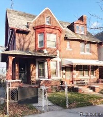 Detroit Single Family Home For Sale: 1196 Grand Blvd Boulevard
