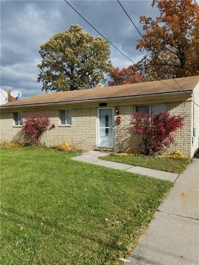 Madison Heights MI Single Family Home For Sale: $129,000