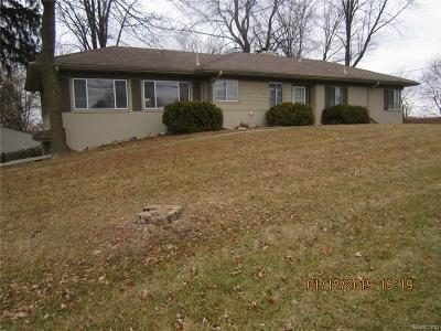 Rochester Hills, Rochester Single Family Home For Sale: 950 W Tienken Road