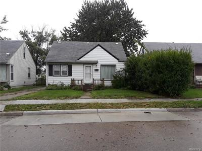 Eastpointe Single Family Home For Sale: 34841 Mound Rd Laetham Avenue