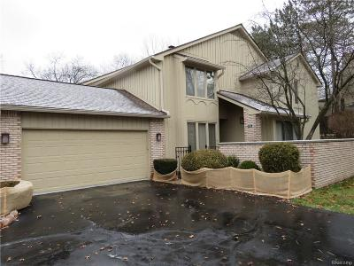 Bloomfield Twp Condo/Townhouse For Sale: 1126 Timberview Trail