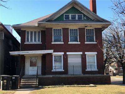 Detroit Multi Family Home For Sale: 8939 Dexter Avenue