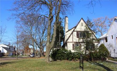 Birmingham MI Single Family Home For Sale: $359,900
