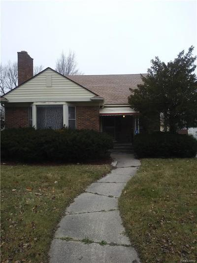 Detroit Single Family Home For Sale: 20001 Whitcomb