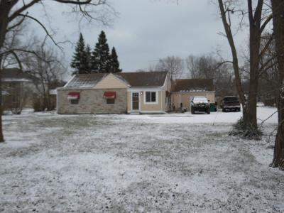 Brownstown Twp MI Single Family Home For Sale: $69,900