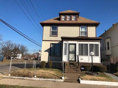 Detroit Single Family Home For Sale: 2576 Sheridan Street