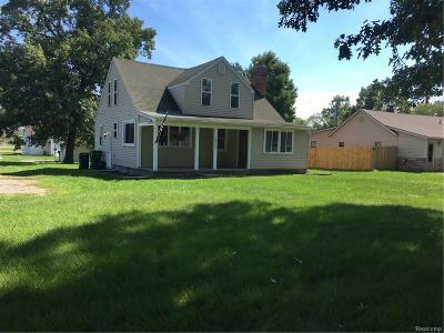 Romulus Single Family Home For Sale: 10315 Sterling Street