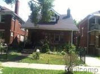 Detroit Single Family Home For Sale: 3317 Clairmount Street