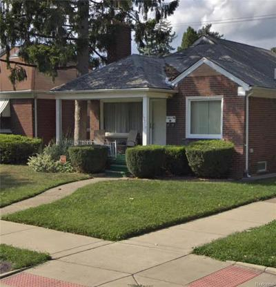 Detroit Single Family Home For Sale: 15519 Collingham Drive