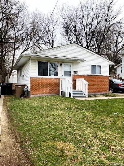 Pontiac Single Family Home For Sale: 196 Harrison Street