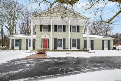 Bloomfield Twp Single Family Home For Sale: 3720 Millspring Road