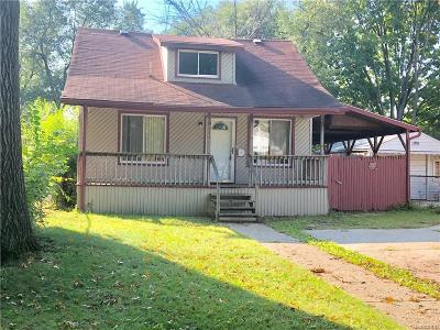 Detroit Single Family Home For Sale: 9551 W Parkway Street