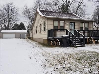 Trenton MI Single Family Home For Sale: $145,000