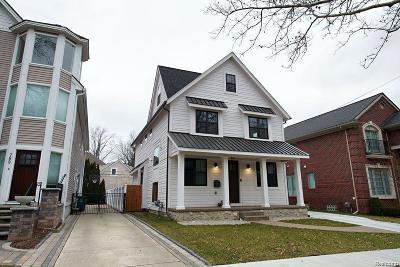 Ferndale Single Family Home For Sale: 920 W Maplehurst Street