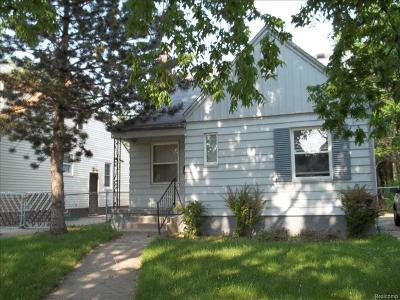 Detroit Single Family Home For Sale: 20242 Hickory Street