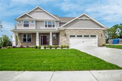 Fenton MI Single Family Home For Sale: $349,900