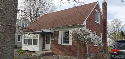 St. Clair Shores, Harrison Twp, Roseville, Clinton Twp Single Family Home For Sale: 22809 Rosedale