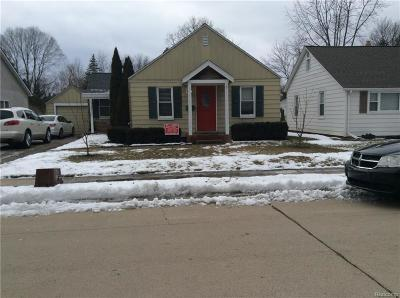 Belleville Single Family Home For Sale: 58 S Biggs Street