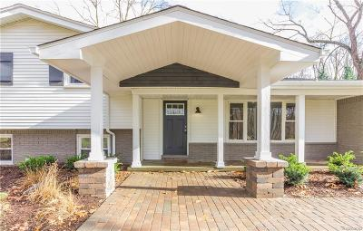 Canton Single Family Home For Sale: 7792 Thornwood Street