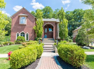 West Bloomfield Twp Single Family Home For Sale: 5543 Hampshire Drive