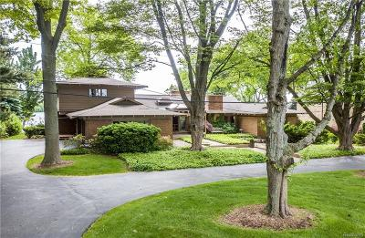 Orchard Lake Single Family Home For Sale: 3463 W Shore Drive