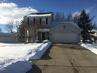 Waterford Twp MI Single Family Home For Sale: $225,000