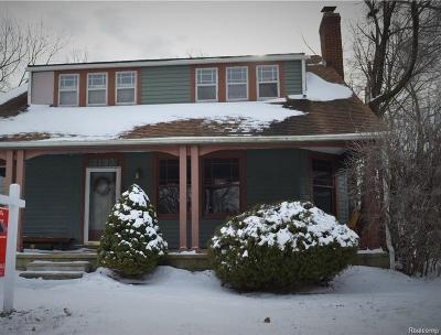 ROYAL OAK Single Family Home For Sale: 3123 Parker Drive