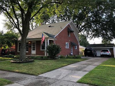 Livonia Single Family Home For Sale: 30962 Richland Street