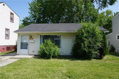 Warren Single Family Home For Sale: 8111 Lozier Avenue